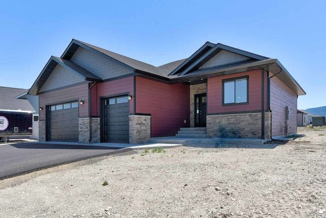 3-Bedroom House In 46 Degrees North