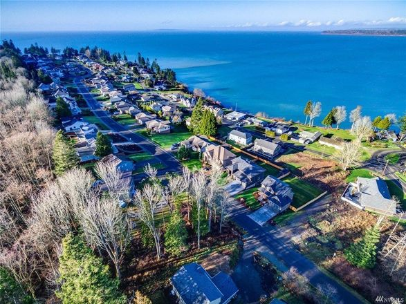 Lot In Point Whitehorn