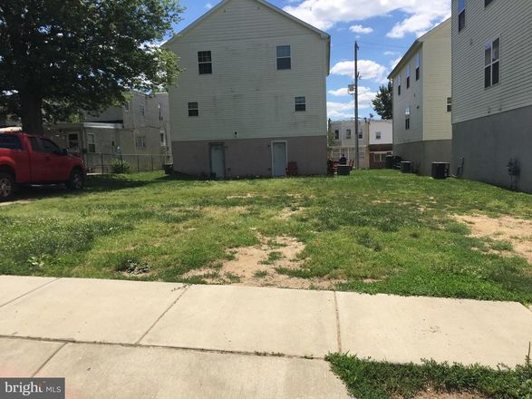 Lot In Marcus Hook