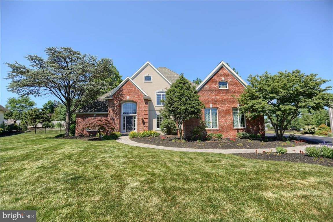 4084 SqFt House In New Holland