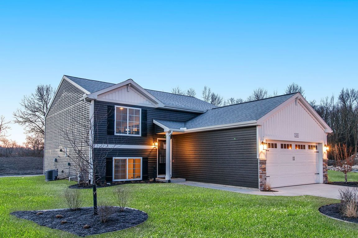 Move In Ready New Home In Prairieview Farms Community