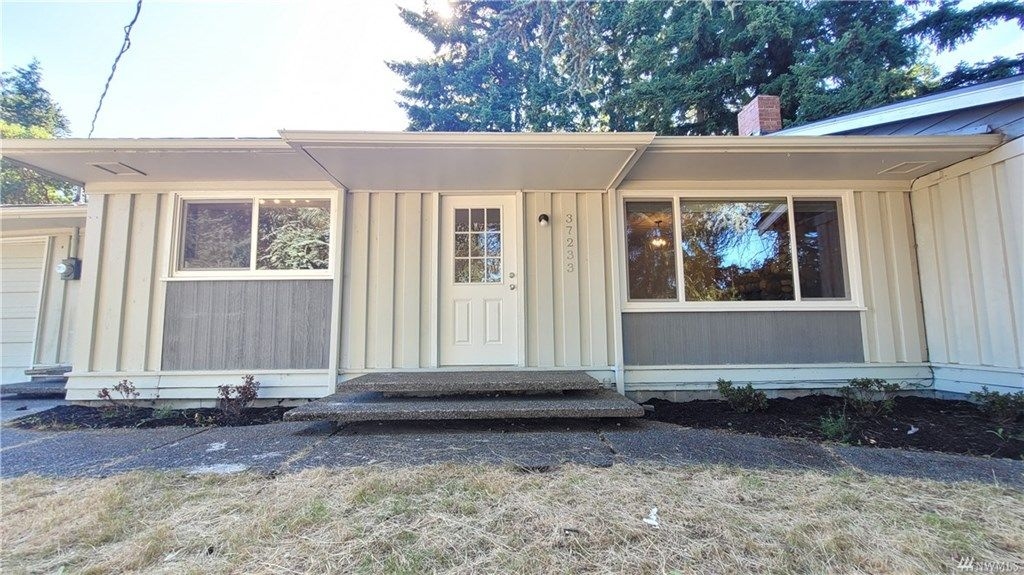 Updated 3-Bedroom House In Lakeland South