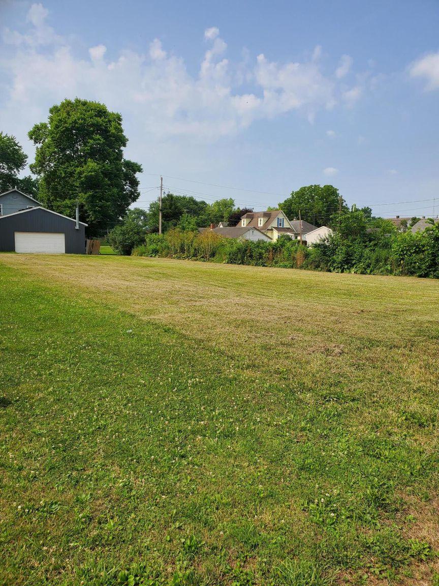 Lot In Tallmadge Place