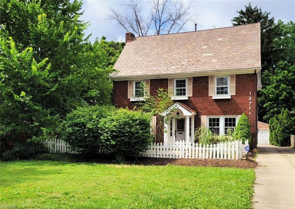 3828 SqFt House In Cleveland Heights