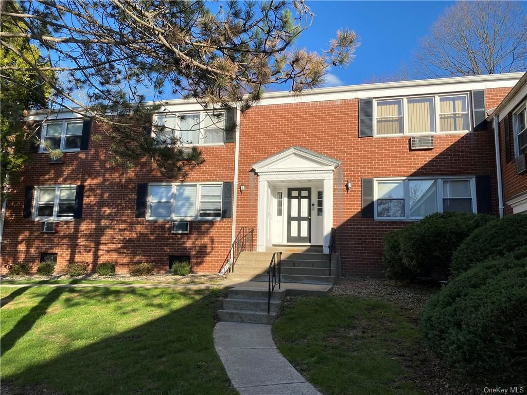 Renovated 2-Bedroom House In Suffern