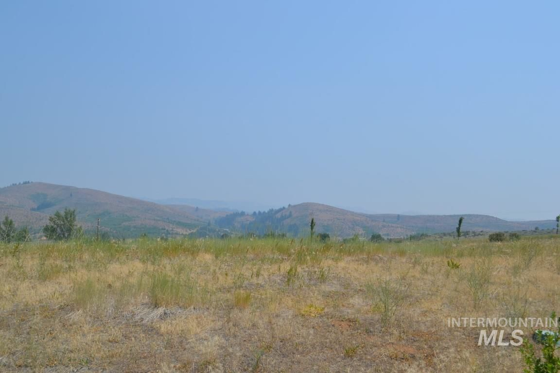 Lot In East Bench