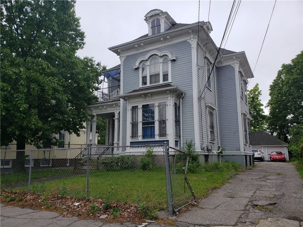 2-Story Multi-Family Home In West End Providence