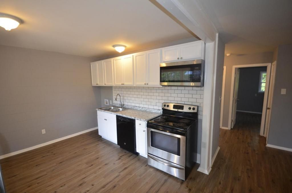 Renovated 2-Bedroom House In Baxter