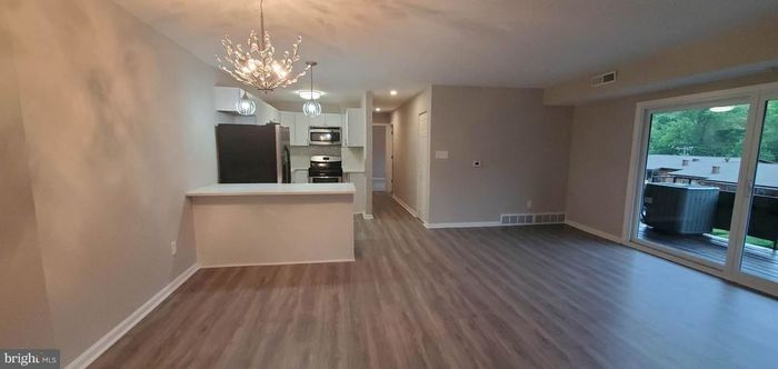 Remodeled 2-Bedroom Condo In Fairfax