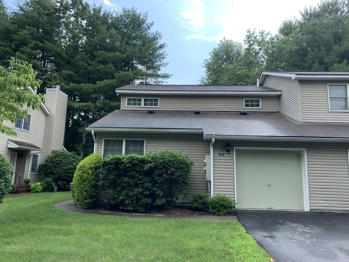 2400 SqFt Townhouse In Milford