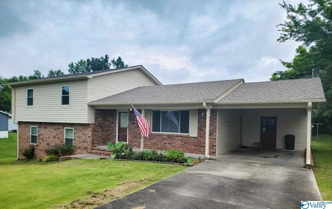 4-Bedroom House In Phil Campbell