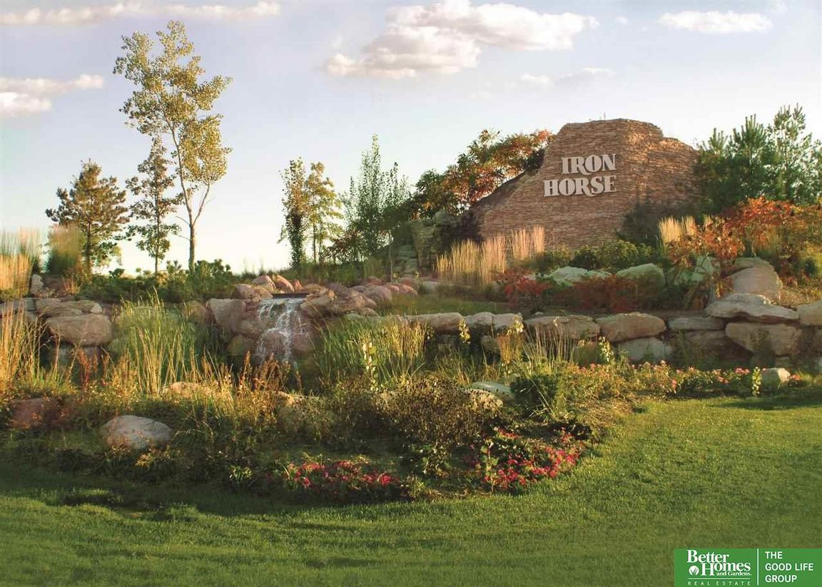 Lot In Iron Horse