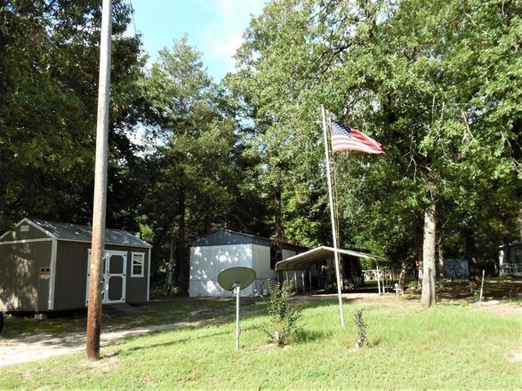 924 SqFt Mobile Home In Murchison