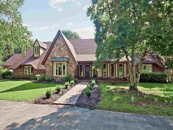 7-Bedroom House In East Central Shelby