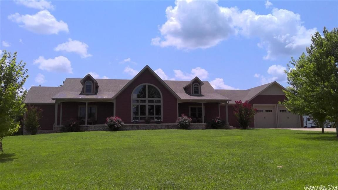 6-Bedroom House In Cave City
