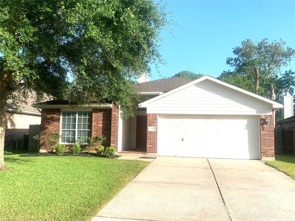1703 SqFt House In Chase Park