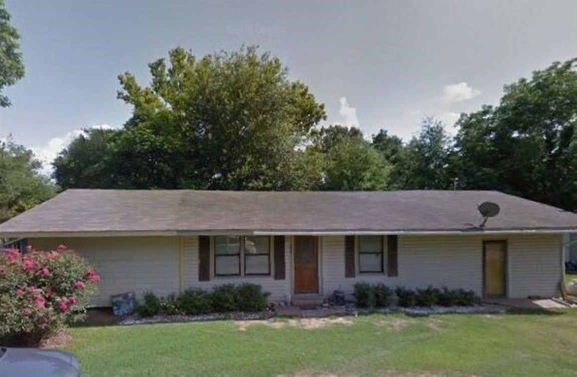 4-Bedroom House In Pineland