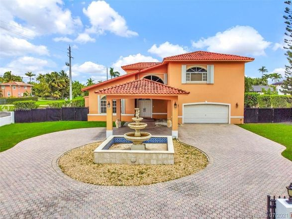 2963 SqFt House In Tamiami