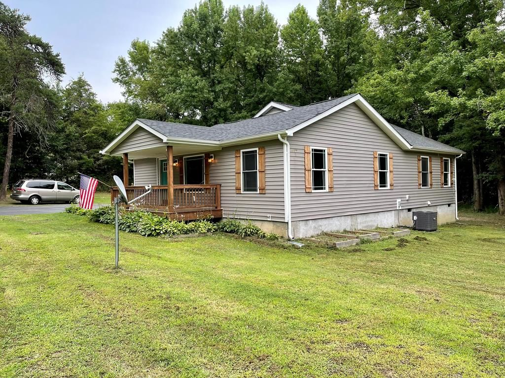 Renovated 3-Bedroom House In Farmville