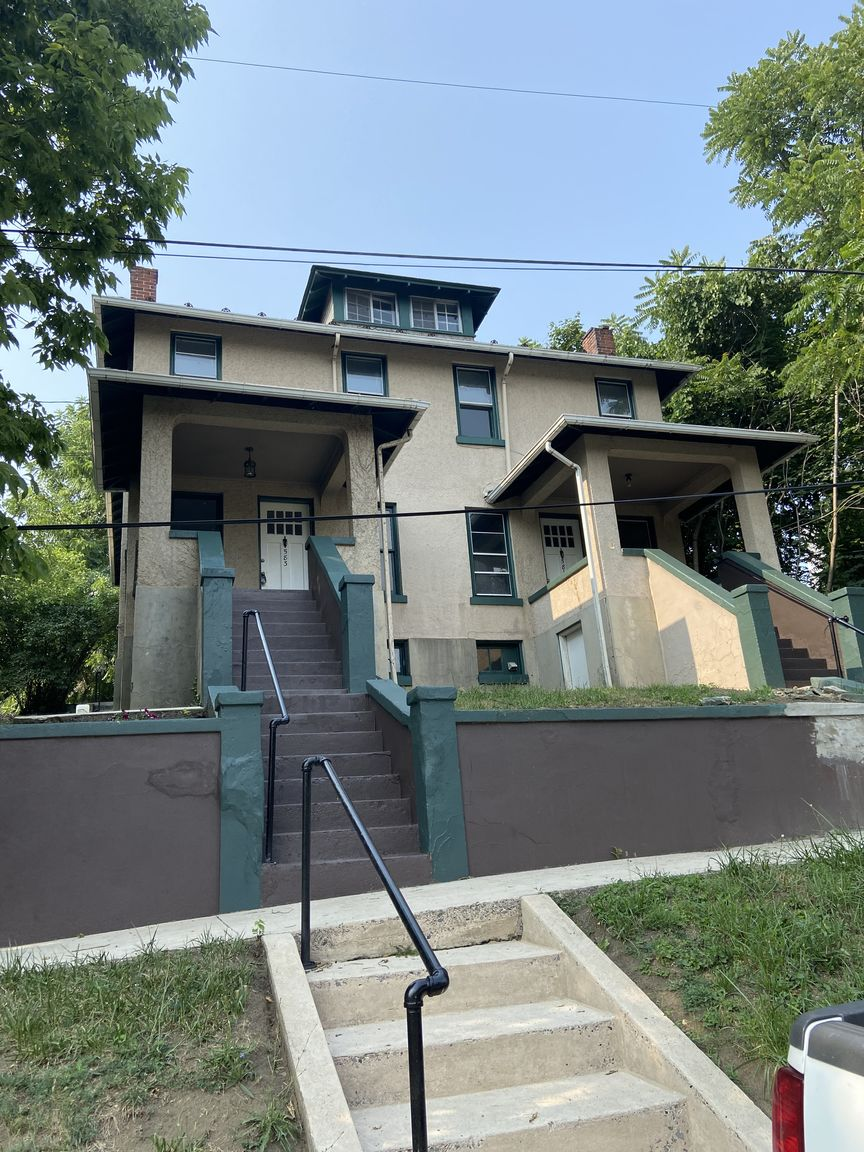 2-Story Multi-Family Home In Cumberland