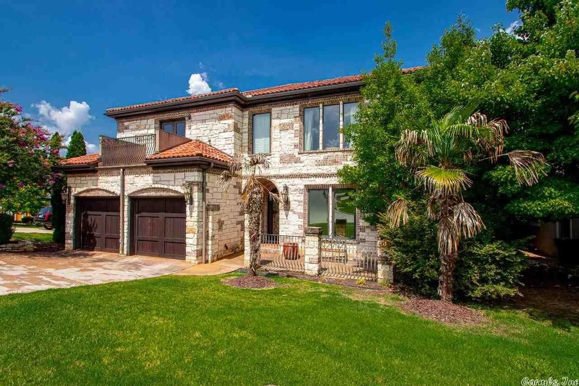 4486 SqFt House In Hickory Grove