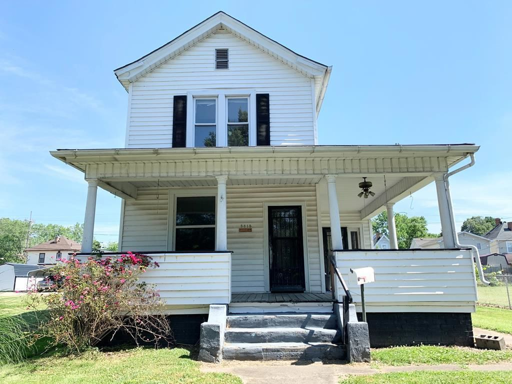 2-Story House In 6Th Ward
