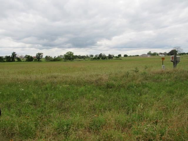 Lot In Tennessee Colony