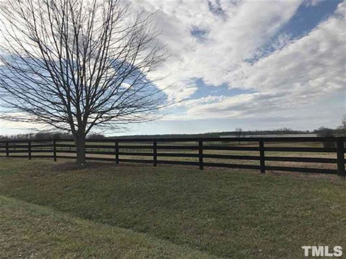 Lot In Hickory Downs
