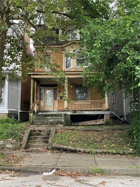 4-Bedroom House In Munhall