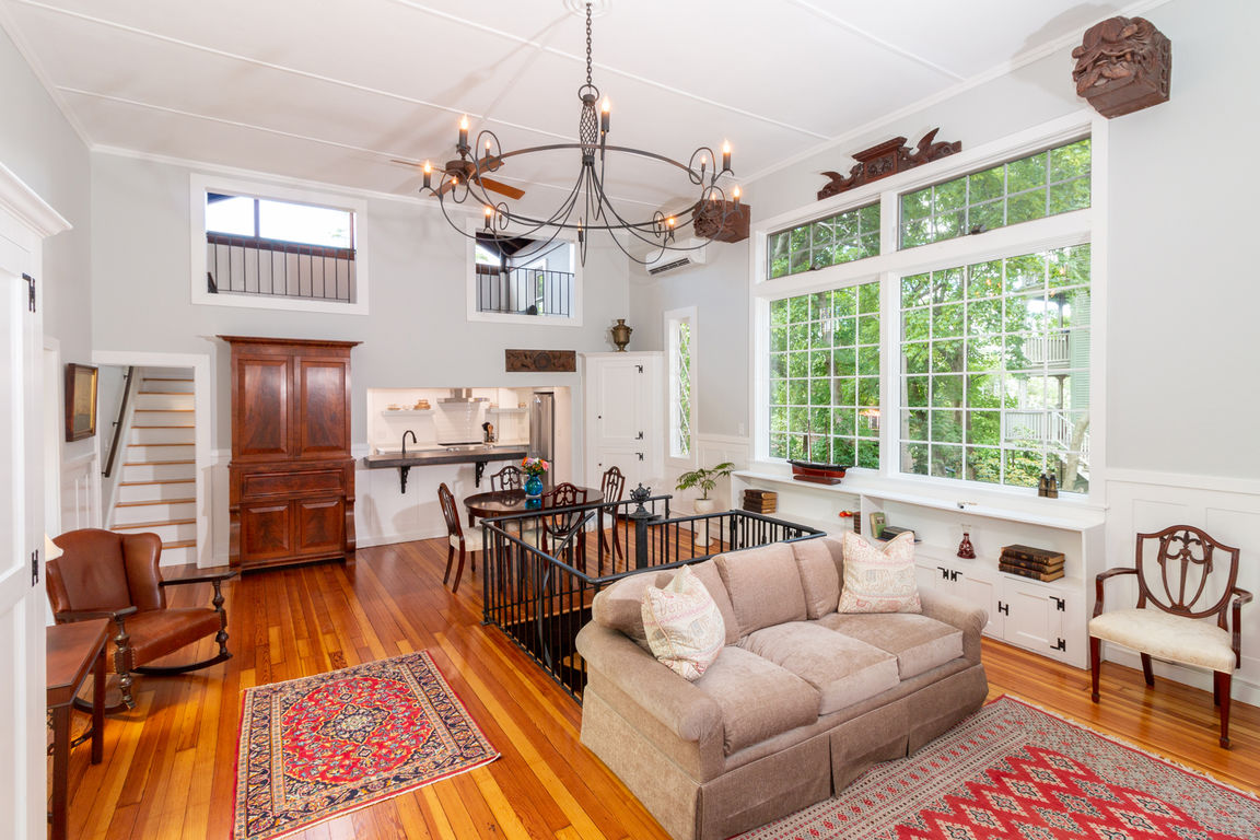 Refinished 3-Bedroom House In Marblehead