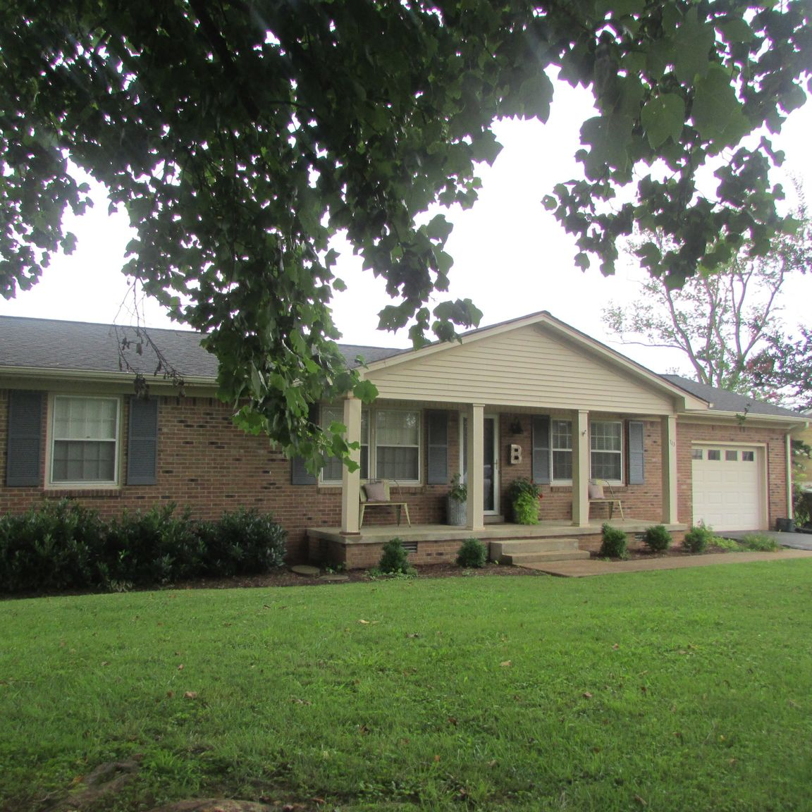 Updated 3-Bedroom House In Lawrenceburg