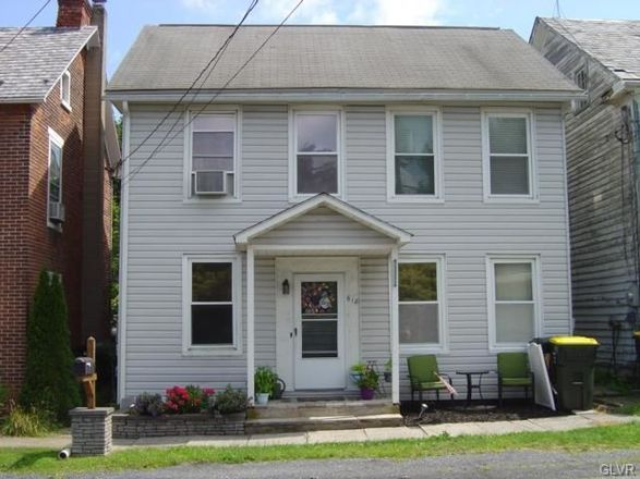 Remodeled 3-Bedroom House In Bath