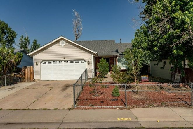 1202 SqFt House In Montbello