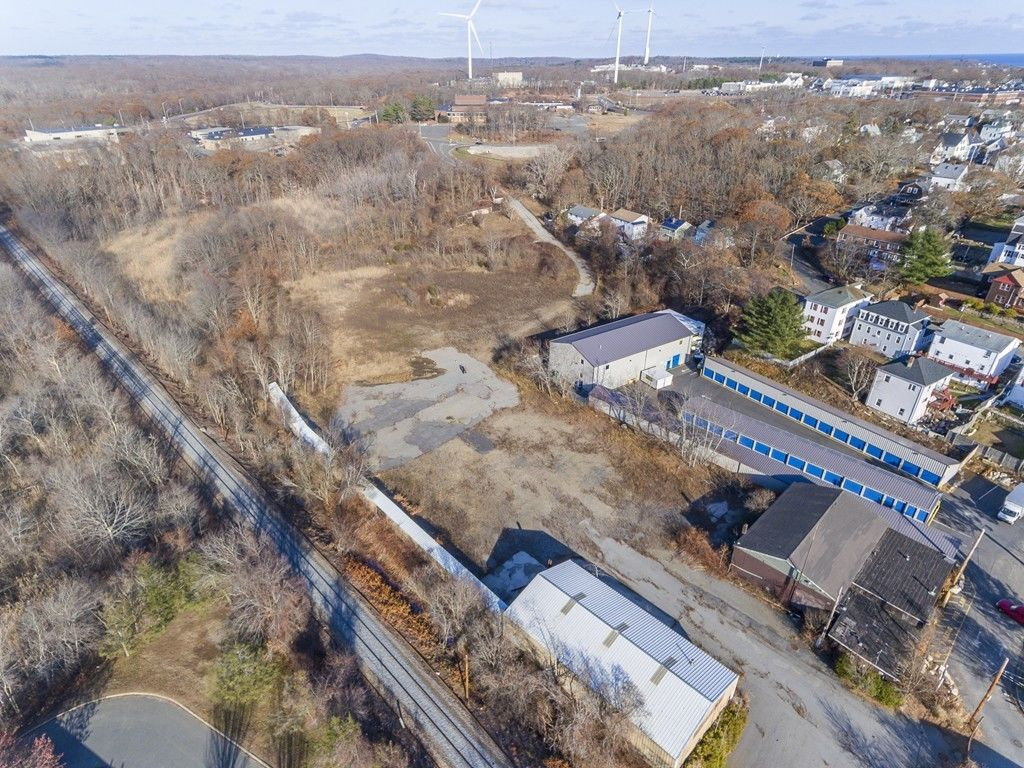 Lot In Central Gloucester