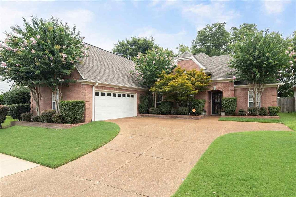 Updated 3-Bedroom House In Berryhill Pointe