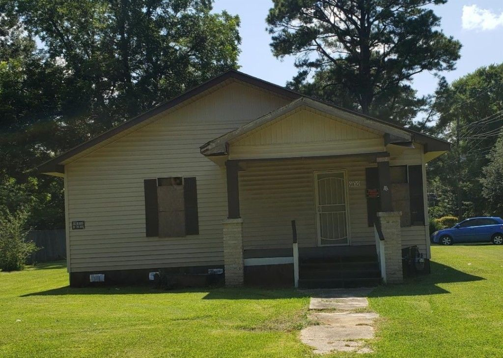 1-Story House In Bastrop
