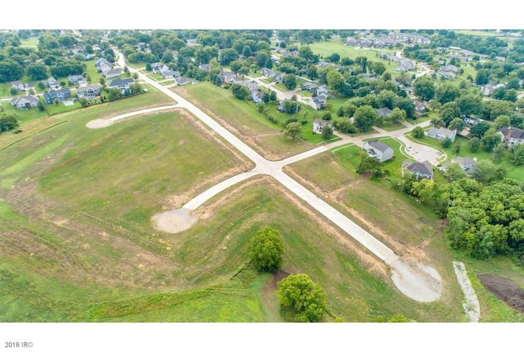 Lot In Indianola