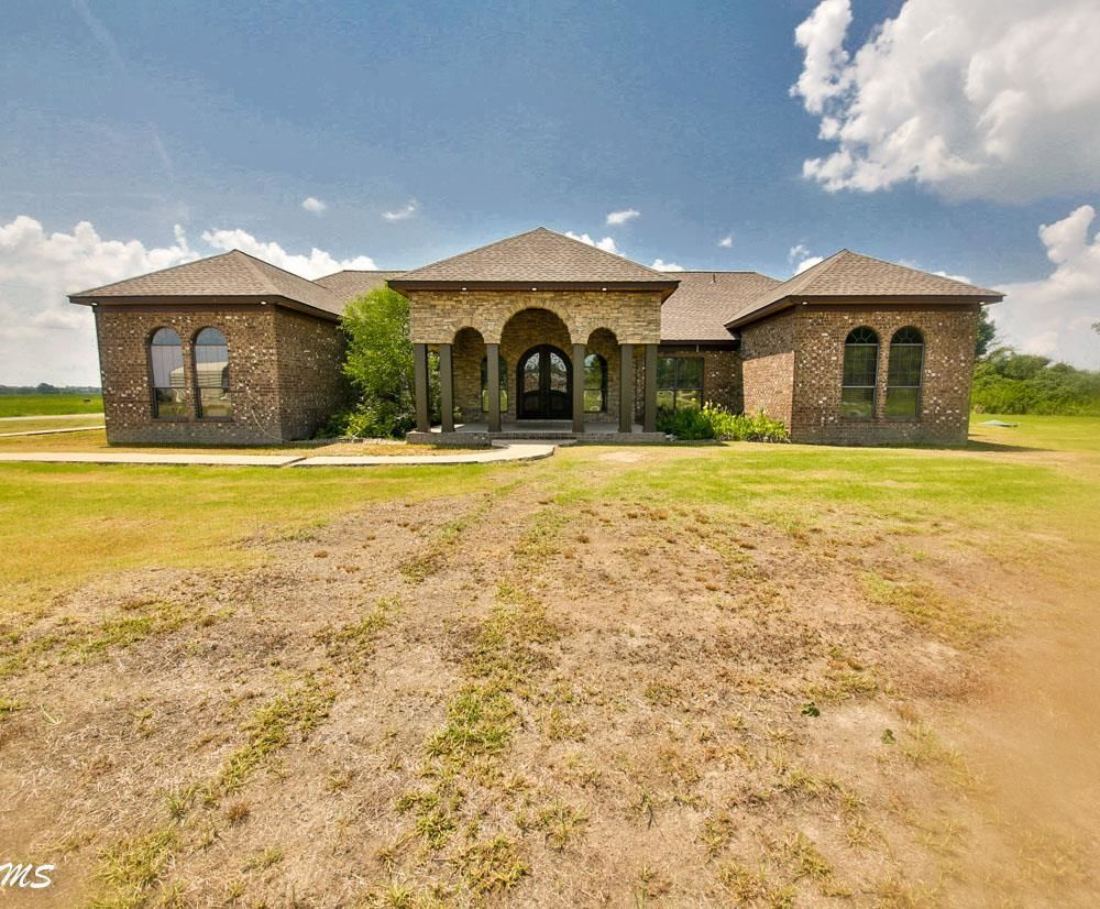 5-Bedroom House In Marion
