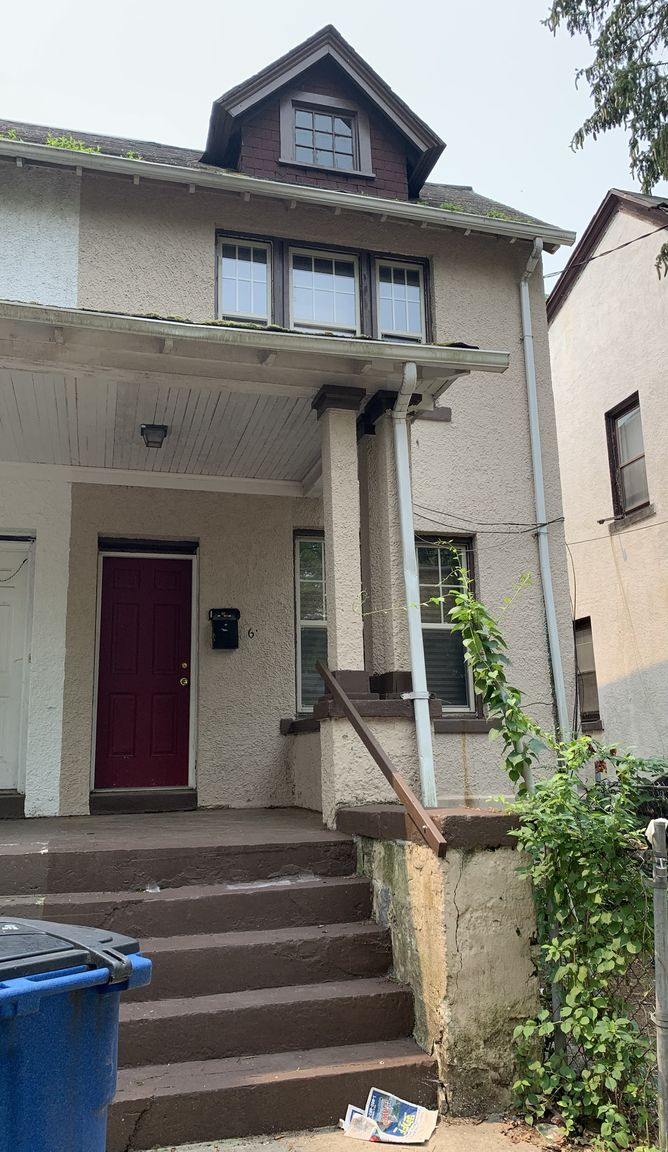 Refinished 3-Bedroom House In Newhallville