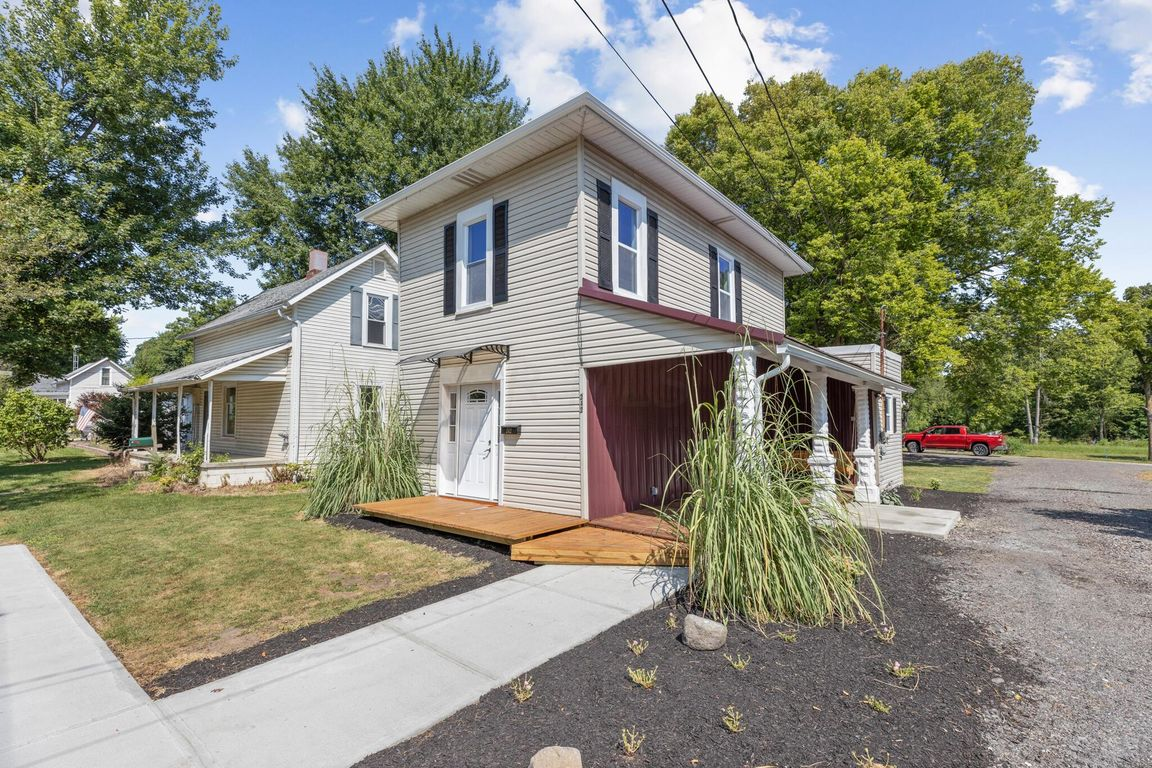Updated 3-Bedroom House In Richwood
