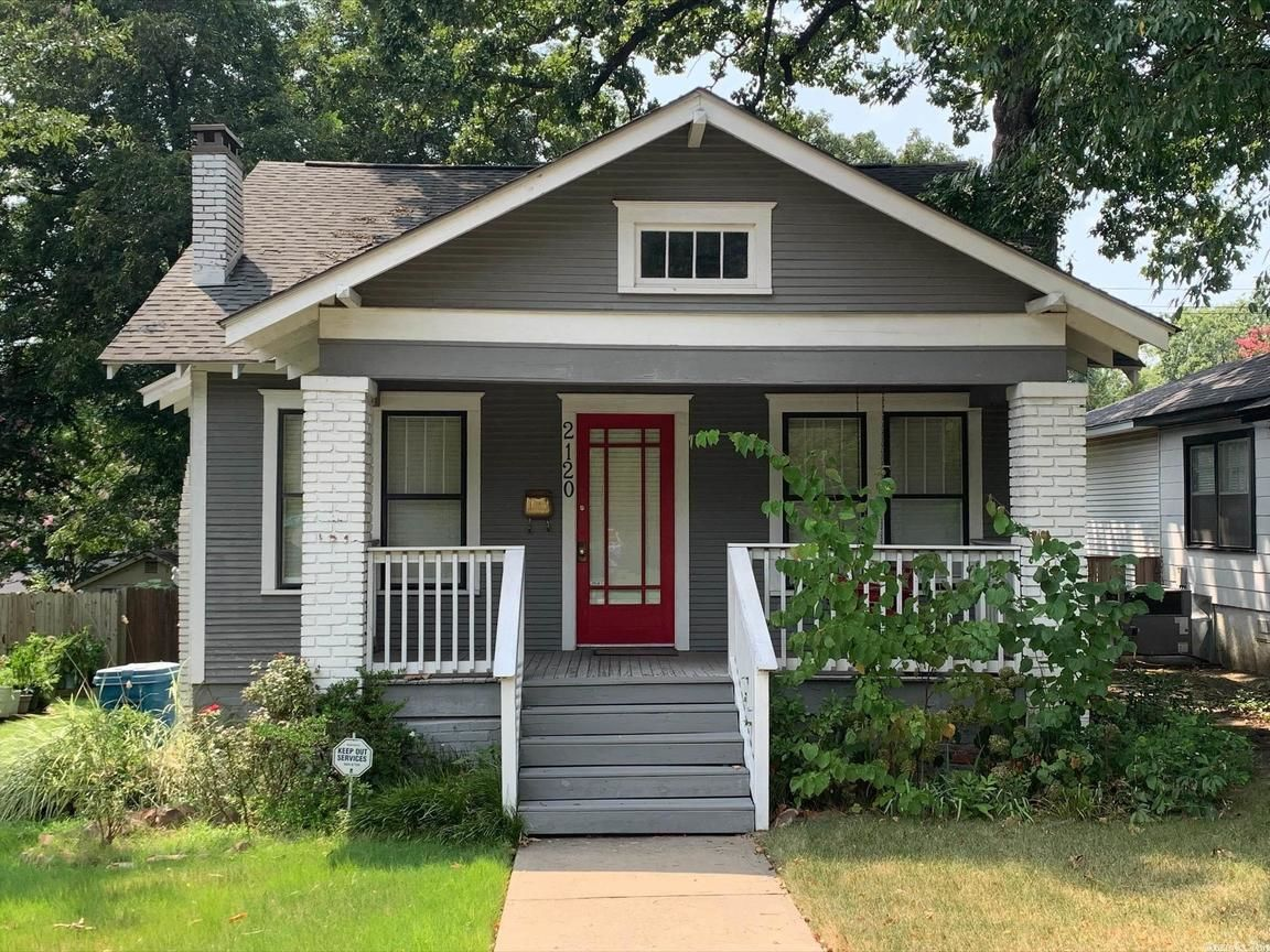 Updated 2-Bedroom House In Altheimer