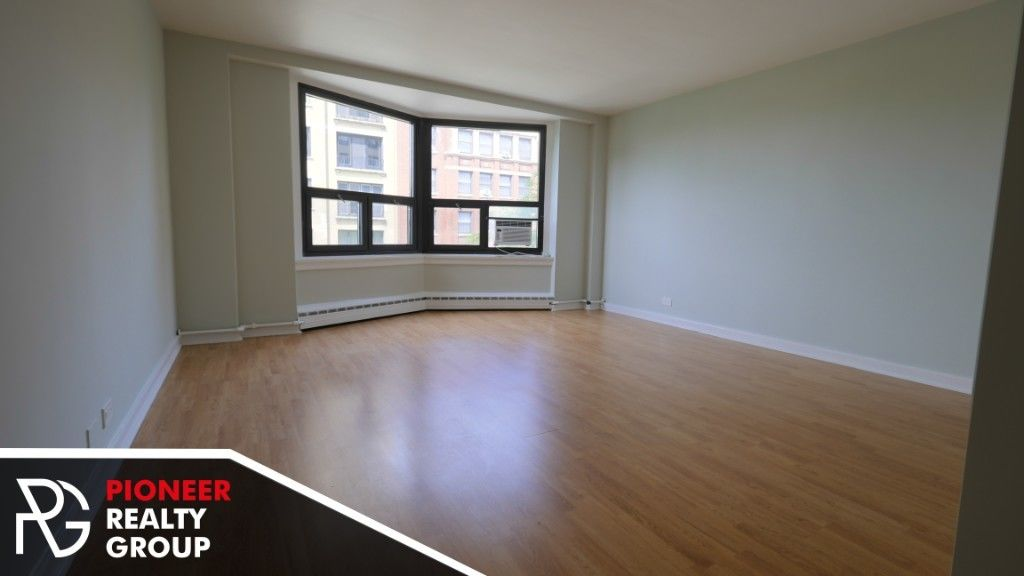 Renovated 1-Bedroom House In Chicago