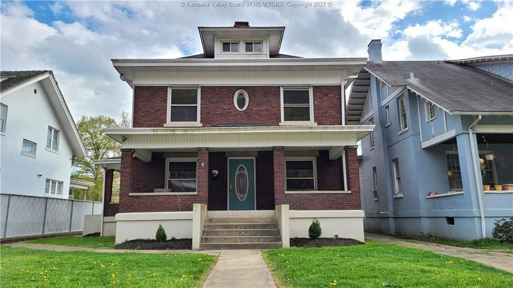 Renovated 5-Bedroom House In East End