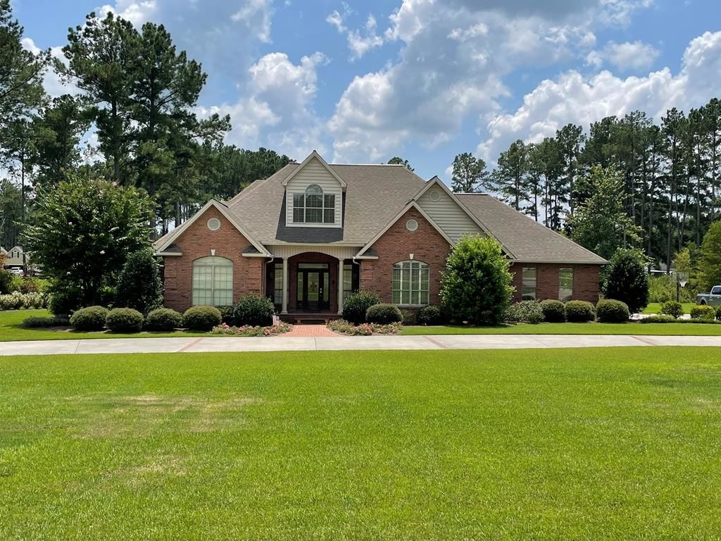 1-Story House In Baymeadows Estates