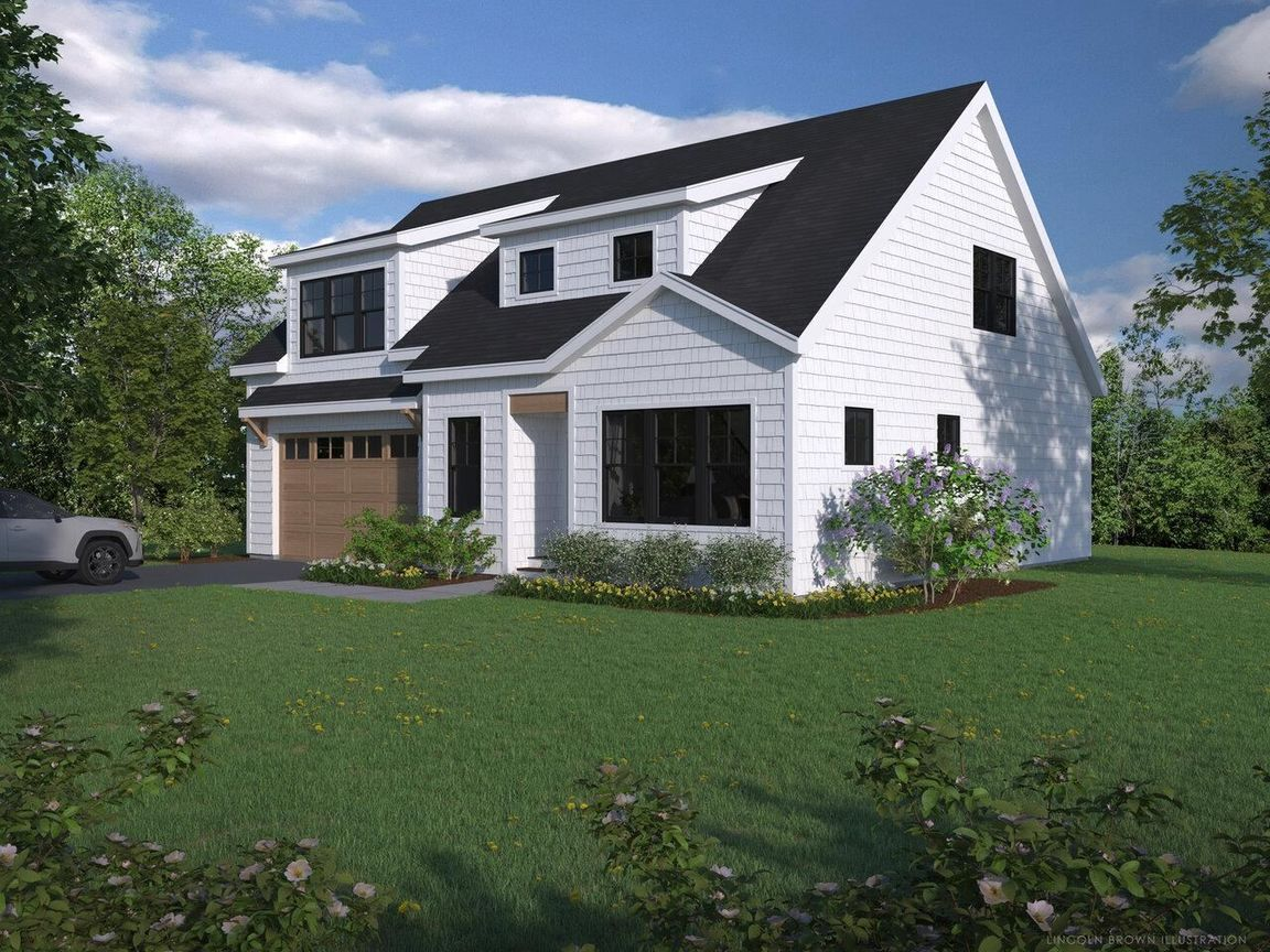 2-Story House In Malletts Bay