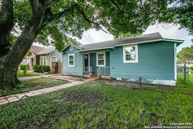 Updated 2-Bedroom House In Highland Park