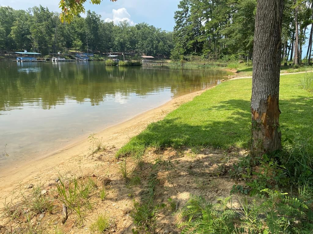 Lot In Holiday Shores
