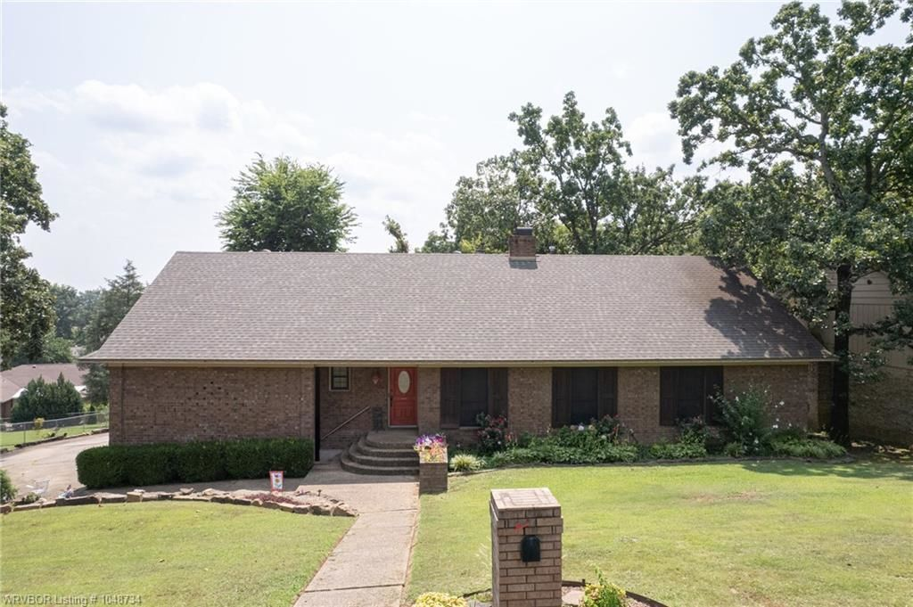 3-Story House In Fort Smith Eastside