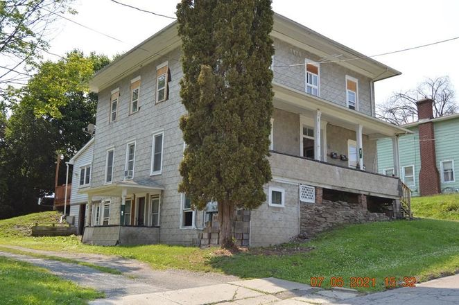 Multi-Family Home In Troy