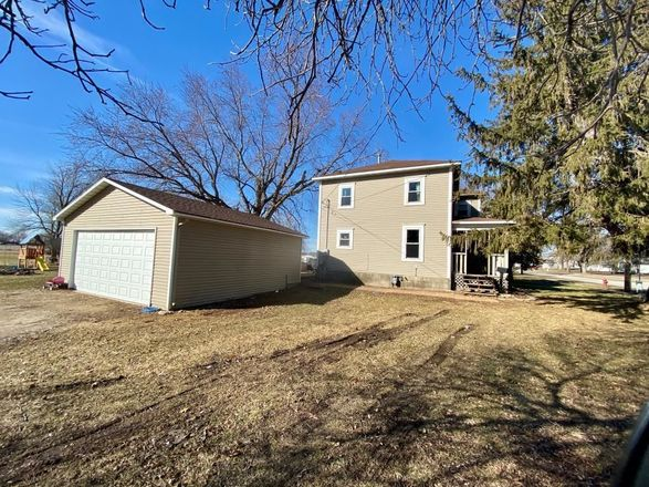 1-Story House In Osage